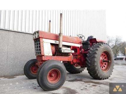 International 1468 1972 Vintage tractor 1 Van Dijk Heavy Equipment