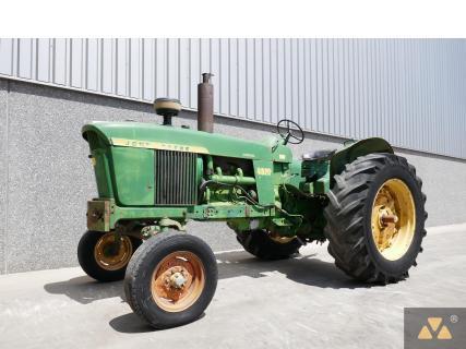 John Deere 4020 1966 Vintage tractor 1 Van Dijk Heavy Equipment