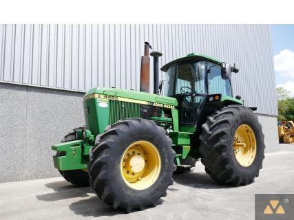 John Deere 4455 4WD 1991 Agricultural tractor 1 Van Dijk Heavy Equipment