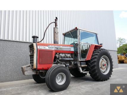 Massey Ferguson 2745 1980 Agricultural tractor 1 Van Dijk Heavy Equipment
