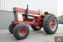 International 1468 1972 Vintage tractor  Van Dijk Heavy Equipment